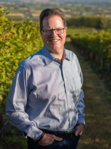 L'Ecole 41's Marty Clubb shared Washington wine stories with Karen MacNeil
